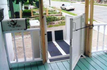 Vertical Platform Lift (top entry with gated opening)